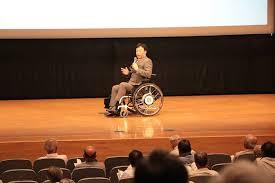 車椅子ルートマップを展開する三木谷 毅氏参加